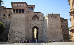 The Etruscan Arch in the wall of Perugia (B℮n) Tags: rocca paolina palazzodellaprefettura perugia italia italy umbria italië gallery gallerie hilltop town baroquefacade roman ruins history wander hiking walking street walk girl woman building cathedrale duomo travel holiday vacation etruscan medieval umbrië monuments walls museum church centre baroque artwork culture steps panorama viewpoint hill portasole sun light gate poort arch augustus 50faves topf50