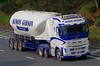 VOLVO FH - SIMON GIBSON Goole (scotrailm 63A) Tags: lorries trucks tankers