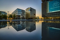 campus (Blende1.8) Tags: thyssen krupp quartier thyssenkruppquartier essen modern contemporary city reflection loxia 35mm zeiss architektur sunset eveneing evening abend abends gebäude buildings office offices sony ilce7m2 a7ii a7m2 carstenheyer colors colours urban nrw ruhrgebiet wetreflection spiegelung clear