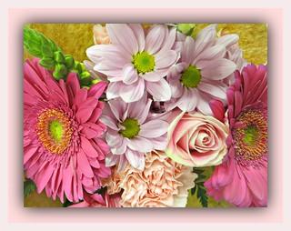 Elegant Mixed Bouquet