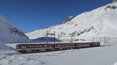 MGB - Station Oberalppass (Kecko) Tags: 2017 kecko switzerland swiss schweiz suisse svizzera innerschweiz zentralschweiz uri ur matterhorngotthardbahn railway railroad mgb eisenbahn bahn zug train snow schnee oberalp pass oberalppass swissphoto geotagged geo:lat=46660790 geo:lon=8670380