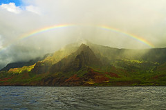 Perfect Timing (Matt Champlin) Tags: kauai napalicoast na pali napali rainbow stunning amazing hawaii beautiful nature landscape sea ocean mountains exotic adventure usa tropicalrainforest rainforest peace peaceful canon 2017 travel summer