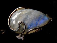 MM My gorgeous Moonstone ring (chris p-w) Tags: macromondays stonerhymingzone jewellery ring moonstone silver present rhyme