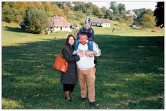 Photographer Andrew Zheludkov with his family and Leica. (Ігор Кириловський) Tags: c41 chernivtsi ukraine slr nikonf5 af zoomnikkor 28105mmf3545d film kodak ektar100 promaster spectrum 7uv flash nikon speedlight sb28 fillflash photographer andrewzheludkov family leica