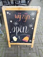Wij zijn open! We are open! (Daniella Velings) Tags: chalkboard coffee koffie krijtbord autumn herft cutefind valkenswaard streetfinds streetfun streetartistry