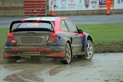 J78A1525 (M0JRA) Tags: rally cross cars racing tracks grass roads woods british people spectators croft raceways