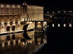 L'arche du vieux pont (Iris@photos) Tags: france occitanie hautegaronne toulouse hôteldieu garonne fleuve arche fabuleuse