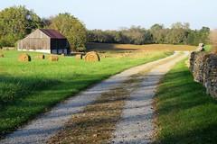 Roulette Farm (Patricia Henschen) Tags: antietam nationalbattlefield civilwar sharpsburg maryland nationalparkservice nps battlefield rural usa roulette farm pathscaminhos
