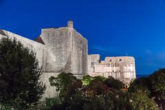 Dubrovačke gradske zidine (bruno vanbesien) Tags: croatia dubrovnik hrvatska dusk gate wall hr