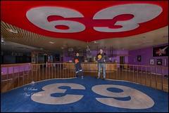 Bowling World (robert.urbex) Tags: bowling world roberturbex infiltration urbex exploration canon eos5d plafond personnes
