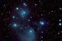 M 45 Pleiadi, Taurus, 16 Novembre 2017 (Reynolds Sr.) Tags: deepsky astronomia astronomy profondocielo pleiades taurus apm qhy10ccd starrynight astrometrydotnet:id=nova2625192 astrometrydotnet:status=solved