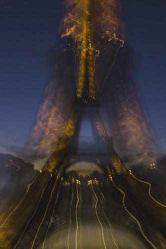Torre en movimiento III