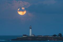 Super Moonset this morning (FollowingNature (Yao Liu)) Tags: supermoon moonset pigeonpointlighthouse followingnature lighthouse fullmoon bluehours