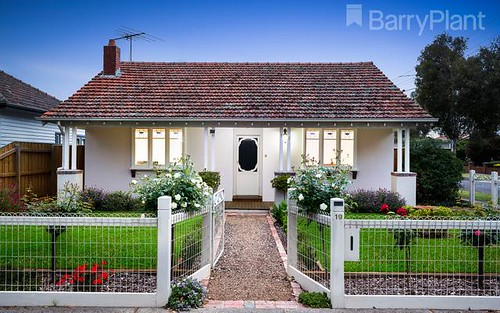 19 Delta Av, Coburg North VIC 3058