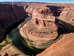 Horseshoe Bend (Ramona H) Tags: az coloradoriver horseshoebend page pageaz erosion geology incisedmeander meander sandstone streamcutting walking