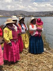 IMG_4577 (massimo palmi) Tags: perù peru titicaca uro uros lagotiticaca laketiticaca floatingislands floating islands isolegalleggianti puno totora