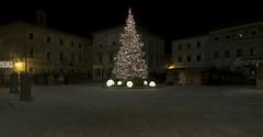 Christmas (LaCiz) Tags: christmas christmaslights lights night place outdoor montepulciano religion