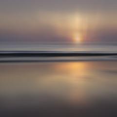 Hazy Bones (Bruus UK) Tags: trevone hazy padstow cornwall beach atlantic sunset dusk reflection blur waves sea ocean marine coast wintersun horizon lovingconwall cornwallliving