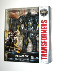 megatron transformers 5 the last knight premier edition leader class 2017 hasbro misb a (tjparkside) Tags: megatron premier edition transformer transformers leader class decepticon decepticons hasbro 2017 tlk last knight thelastknight evil sword axe shield jet airplane aircraft cybertron cybertronian merciless tyrant 5 five episode v battle face mask flame effect optimus prime