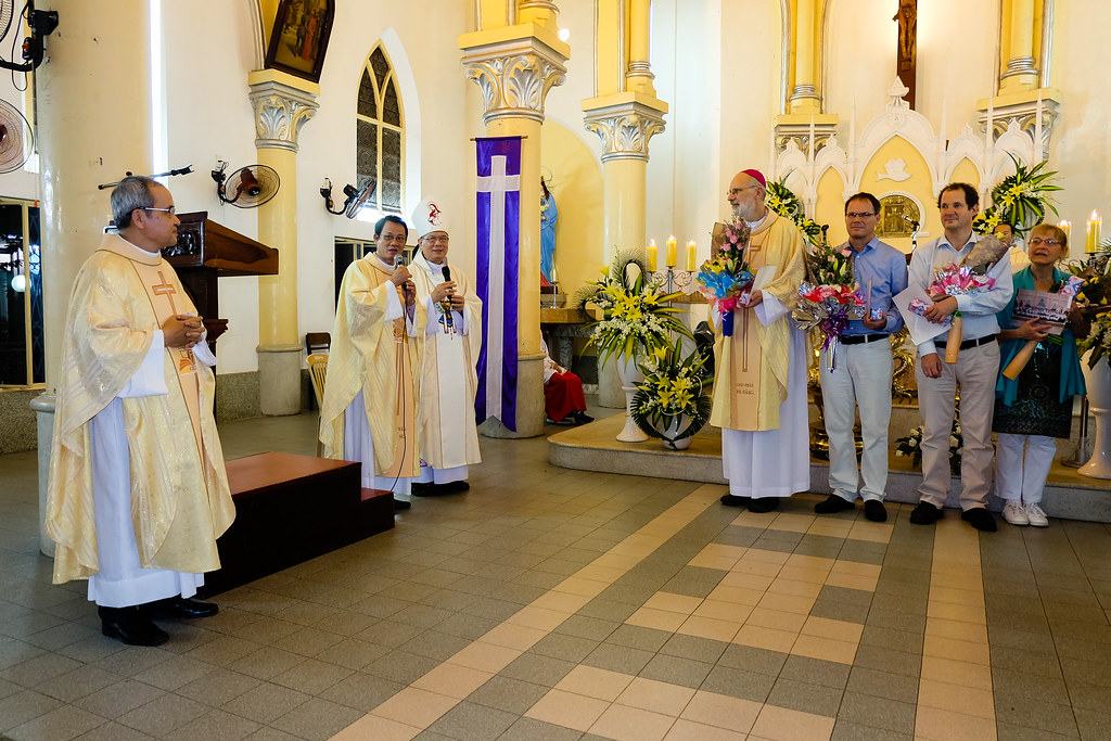 Caritas Duc tham Da Nang-21