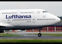 B747-430 | Lufthansa | D-ABVO | FRA (Christian Junker | Photography) Tags: nikon nikkor d800 d800e dslr 70200mm aero plane aircraft boeing 747430 747400 747 744 b744 deutschelufthansa lufthansa lh dlh lh630 dlh630 lufthansa630 dabvo staralliance mülheimadruhr heavy widebody jumbo departure takeoff 18 airline airport aviation planespotting 28086 1080 280861080 frankfurtinternationalairport rheinmain rheinmaininternationalairport fra eddf fraport frankfurt frankfurtmain hessen hesse germany europe spotterpointwest runway18 christianjunker flickraward flickrtravelaward worldtrekker superflickers zensational