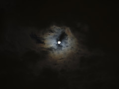 Anglų lietuvių žodynas. Žodis night-cloud reiškia debesys naktį lietuviškai.