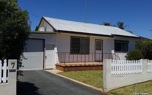 7 Tichborne Street, Parkes NSW
