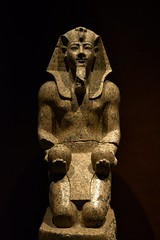 The Handsome Pharaoh (j. kunst) Tags: italia italy 意大利 torino turin 都灵 museoegizio museum sculpture statue stone granite king pharaoh pharaonic amenhotepii amenophisii aakheperure aaxprwra imnhtphqaiwnw shendyt nemes uraeus beard winejar wine jar egypt egyptian newkingdom 18thdynasty