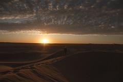 (Rob Chiu) Tags: sahara morocco africa desert dunes sand sunset sonya7rmkii metabonesiv 24mm14l canon ergchigaga