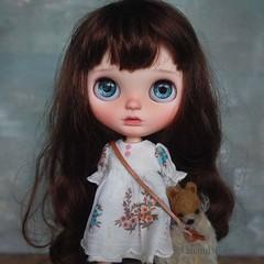 Søren (umami_baby) Tags: artdoll blythe brunette customblythe customizeddoll collectible curls doll dollhouse dark dressup etsy fashiondoll freckles faceup søren ooak ooakblythe ooakdoll art umamibaby redhead varsitydean