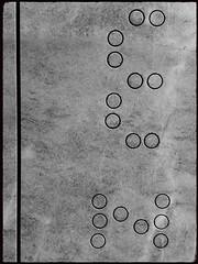 Treffen (Harald Reichmann) Tags: kärnten treffen krastal steinbruch stein kreis muster anordnung linie rille kunst bearbeitung code information botschaft