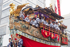 Festival ..Gion Matsuri ..Kyoto Japan 2017 (geolis06) Tags: geolis06 asia asie japan japon 日本 2017 kyoto gionfestival gionmatsuri patrimoinemondial unesco unescoworldheritage unescosite olympuscamera portrait costume clothe tradionnel traditionnal