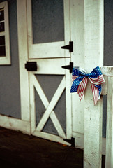 A ribbon on the play house (Thiophene_Guy) Tags: thiopheneguy originalworks canonet ql17 canonetql17giii rangefinder