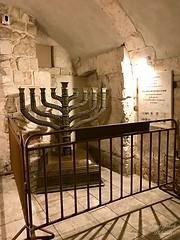 28 - Dávid Király sírja / Hrobka kráľa Dávida