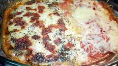 #121217 #jantar #file de peito de frango a parmegiana com muçarela e parmesão #dinner #roasted chestet chiken with cheese (i cook my meals daily) Tags: 121217 roasted dinner jantar file