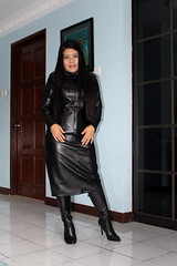 Shiny Leather Lady (johnerly03) Tags: erly philippines filipina asian msfoxcy shiny black long leather coat trench high heel knee length boots hair
