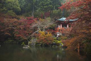 Daigoji Bentendo Pond 醍醐寺弁天堂