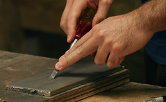 Sharpening Narrow Chisels (the Problem & Answer) (diziwoods) Tags: chisels narrow problem sharpening solution woodworkingtechniques woodworkingtips