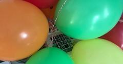 """Der Luftballon. Die Luftballons. Diese bunten Luftballons haben wir zum Geburtstag meines Sohnes aufgeblasen. #vocab #vokabel #deutsch #german #lernen #learn #onewordaday • <a style=""""font-size:0.8em;"""" href=""""http://www.flickr.com/photos/42554185@N00/26811715799/"""" target=""""_blank"""">View on Flickr</a>"""