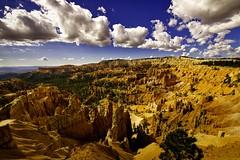 These colours! - Ces couleurs! (olivier_kassel) Tags: canyon brycecanyon paysage colors couleurs ciel nuages clouds