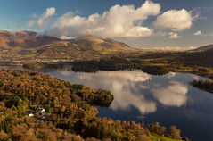 Derwent Water (Andrew G Robertson) Tags: newlands horseshoe derwent water keswick lake district national park cumbria cumberland blencathra skiddaw cat bells reflection autumn