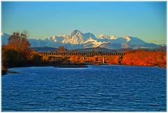 Il Gran Sasso dalla foce del Tordino (Giovanni Santori) Tags: gransasso foce fiume tordino ponte natura ambiente abruzzo