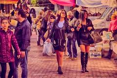 taranto mercato salinella (eumag) Tags: mercato mercatoallaperto market openairmarket allaperto azzurro colori colors color fashion hdr italia italy nikon outdoor oggetti puglia sky street strada shop taranto nikond3100
