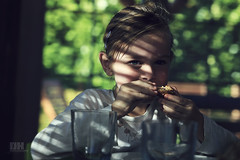 Sophie (Dirk Kelleter Photography) Tags: child breakfast canon naturallight eos6d ef70200lf28isiiusm portret portrait porträt