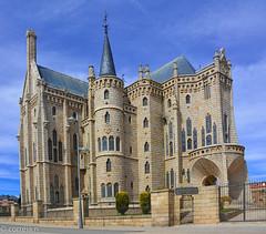 Astorga - Spain (Gaudi) (correia.nuno1) Tags: astorga arquitectura arte espanha europa gaudi españa spain
