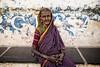 PATTADAKALL: PORTRAIT D'UNE VIEILLE FEMME (pierre.arnoldi) Tags: inde india pierrearnoldi pattadakall karnataka photoderue photooriginale photocouleur on1raw canon6d tamron portraitdefemme portraitsderue
