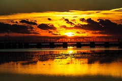 low tide jetty sunrise (werner boehm *) Tags: wernerboehm jetty lowtide sunrise sonnenaufgang egypt reflection clouds sun