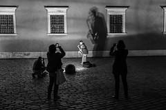 untitled (gregor.zukowski) Tags: warsaw warszawa street streetphoto streetphotography peopleinthecity candid urban shadows shadow bw blackandwhite blackandwhitestreetphotography night nightlife music fujifilm