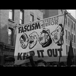 RT @JosieLong: From the battle of cable st, 1936. The one on the left is hitler, the one next to him is....trump? https://t.co/lDTvypQ2tz - Posted By Pollyanna McIntosh (Jadis) thumbnail