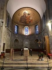 33 - Mária Elszenderülésének temploma / Kostol usnutia Panny Márie